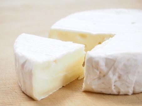 十勝の特産品である、とかち「よつ葉」チーズ・バターセット