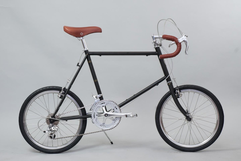 大阪府柏原市の返礼品自転車thePARK20D マットブラック