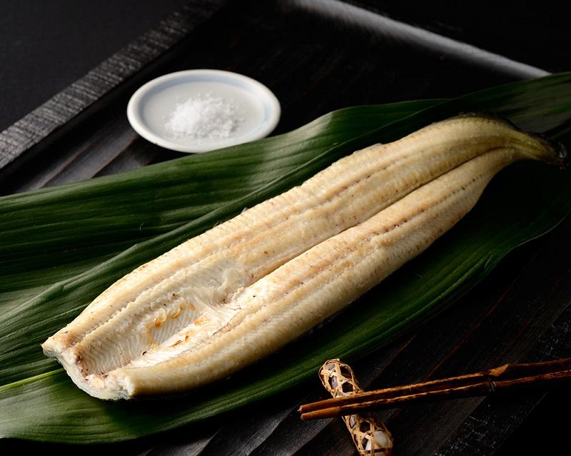 鹿児島県志布志市のうなぎの返礼品 白焼き