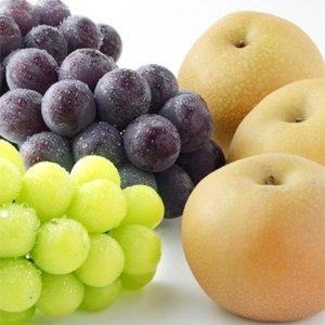 【秋の味覚セット】人気のブドウ2種&旬の梨の詰め合わせ
