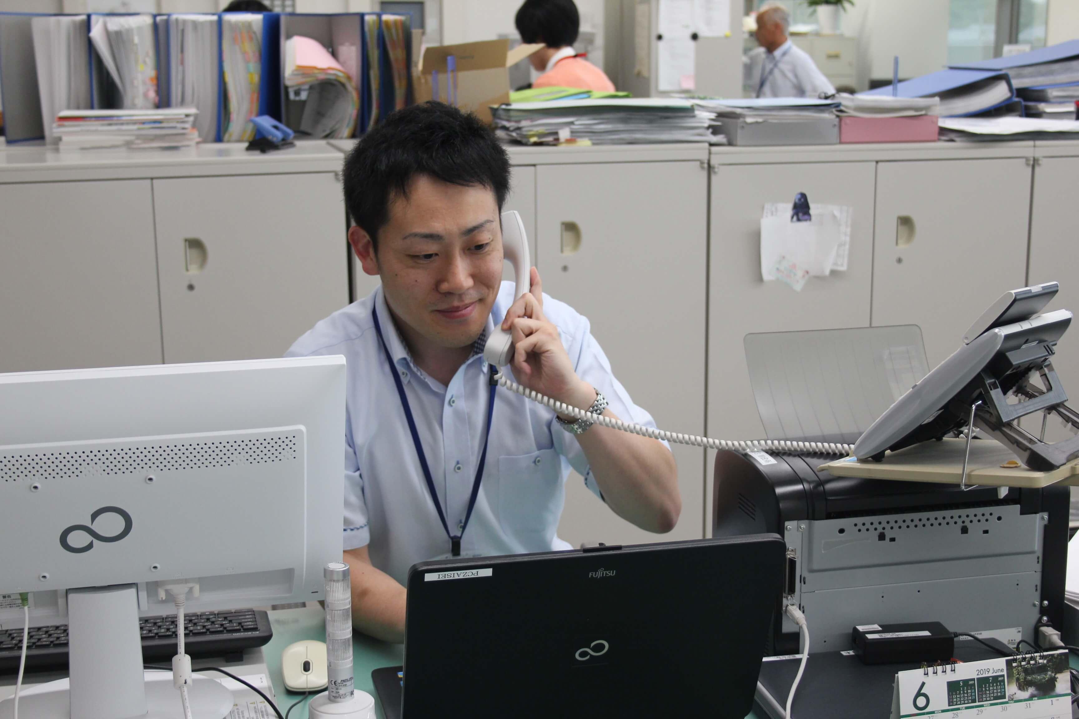 北海道新冠町総務課 主任 酒井さん