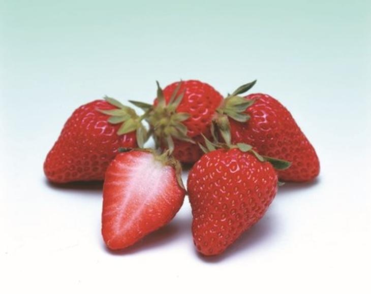 香川県産いちご 豪華食べ比べ3種セット3kg(1月~発送分) 寄附金額17,000円 (香川県東かがわ市) イメージ