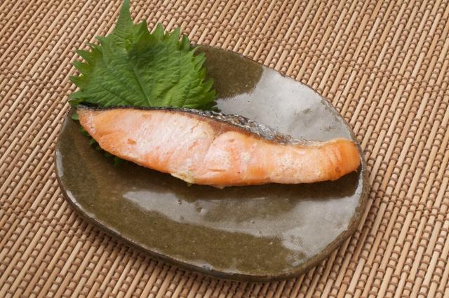 紅鮭・時鮭切身セット 寄附金額10,000円(北海道根室市) イメージ