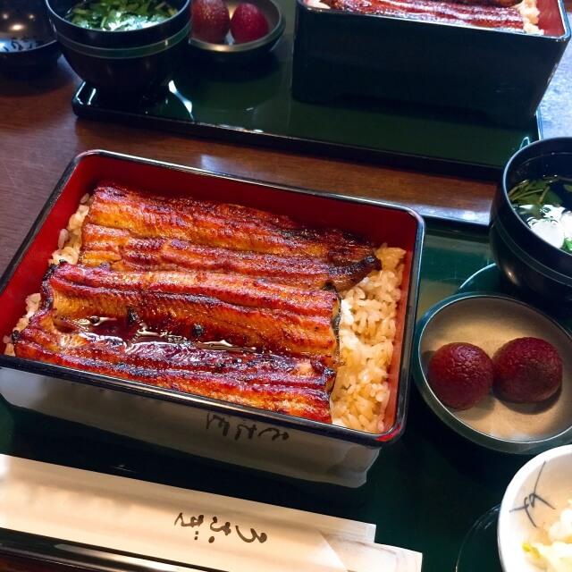 うなぎ蒲焼Bセット(約200g×3尾タレ・山椒付)