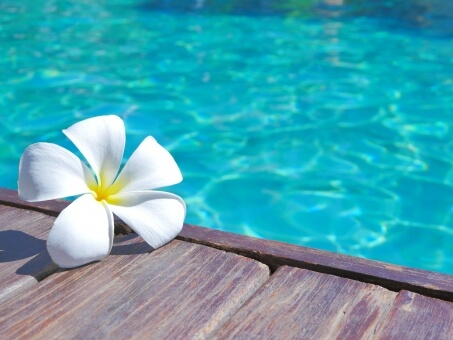 「水平線に溶け込むテラスで ホテル宿泊温泉プラン」と交換できるポイント 寄附金額180,000円 イメージ