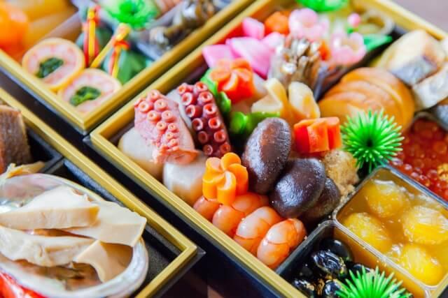 豪華!小城の三段重【おせち】郷土料理の特典付き 寄附金額50,000円