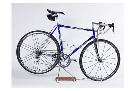 ロードバイク 高級銘木使用のディスプレイスタンド iWA Λ0ne イメージ