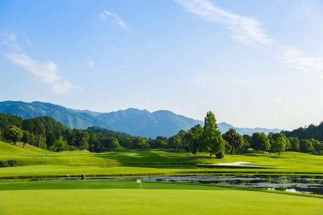 竜王ゴルフコース 平日1ラウンドプレー券1名さま