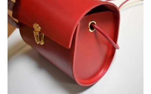 鞄職人が手掛ける【チープポシェット】2色
