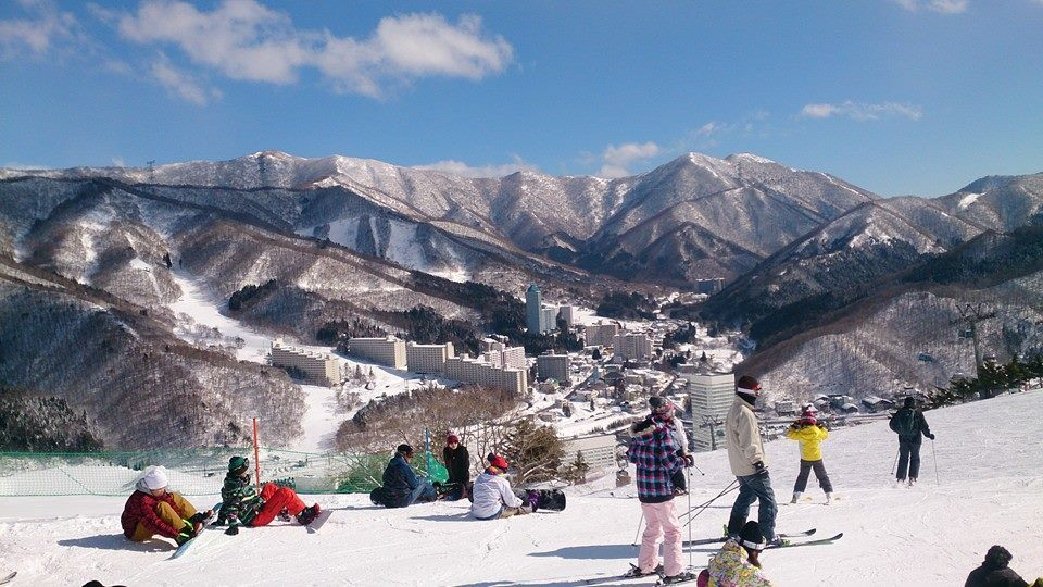 新潟県湯沢町 苗場スキー場を格安利用